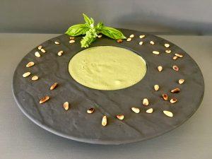 Gaspacho de courgettes au Pesto et Basilic